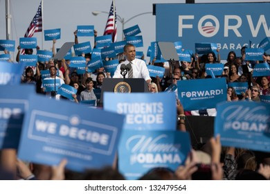 LAS VEGAS - NOVEMBER 01: Barack Obama speaks at a 2012 Election Campaign rally at Cheyenne Sports Complex on November 01, 2012 in North Las Vegas, Nevada