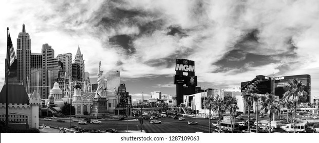 LAS VEGAS, NV -  JUNE 11, 2013: New York-New York and MGM Grand Hotel on June 11, 2013 in Las Vegas, Nevada. Its owner - MGM Resorts reported revenue gain of 9% to $2.5 billion in third quarter 2013.