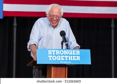 LAS VEGAS, NV - November 6, 2016: Bernie Sanders Laughing Campaigns For Democratic Party at CSN.