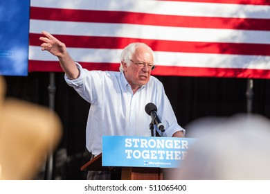 LAS VEGAS, NV - November 6, 2016: Bernie Sanders Points To Crowd During Campaign For Democratic Party at CSN.