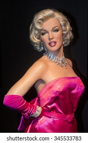 LAS VEGAS - OCT 23 : A waxwork of Marilyn Monroe at The Madame Tussauds museum in Las Vegas on October 23 2015 , The two-floor 30,000-square-foot museum has 100-plus wax replicas.