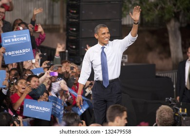 LAS VEGAS - OCTOBER 24: Barack Obama arriving at a campaign rally at Doolittle Park on October 24, 2012 in Las Vegas, Nevada