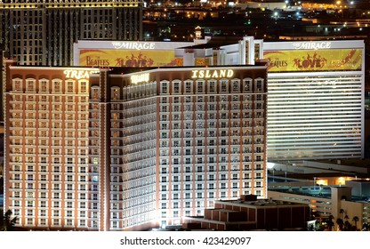 LAS VEGAS, USA - JULY 22, 2009: Aerial view of the Treasure Island and the Mirage hotel and casino in Las Vegas at night