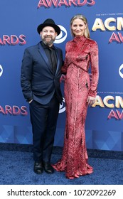 LAS VEGAS-APR 15: Singers Kristian Bush and Jennifer Nettles of Sugarland attend the 53rd Annual Academy of Country Music Awards on April 15, 2018 at the MGM Grand Arena in Las Vegas, Nevada.