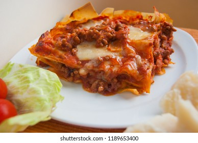 Lasagna with slides of Pasta and bolognese souce