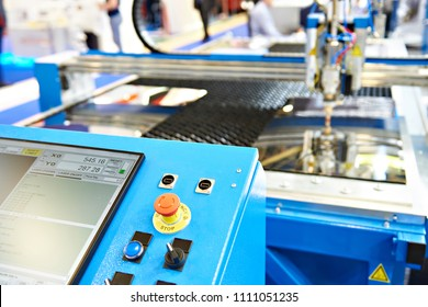 Laser cutting machine with control panel monitor