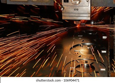 Laser cutting of metal on a lathe with the program.