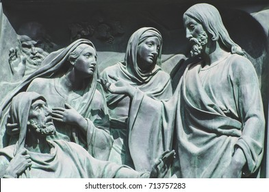The Last Supper, Jesus the statue of a fresco painting on a stone