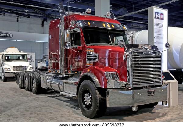 Freightliner Las Vegas >> Lasvegas Usa March 8 2017 Truck Stock Photo Edit Now 605598272
