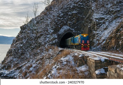 Late autumn in the Circum-Baikal Railway