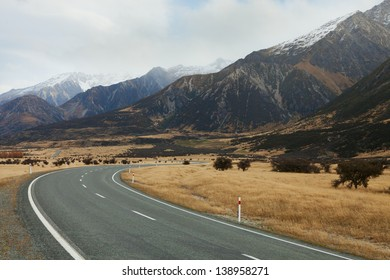 Late autumn in the Mount Cook National Park,  New Zealand