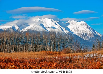 Late Autumn Scenery with spectacular Mountain Peaks after first snowfall, Interior British Columbia, Canada.