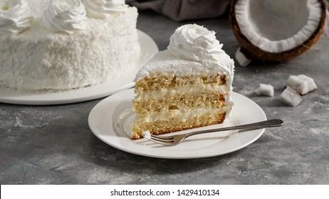 comida latinoamericana, tarta de coco, torta o pastel de coco, pastel típico colombiano