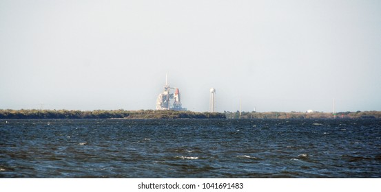 Launch of the Space Shuttle Discovery from Cape Canaveral, Florida, USA