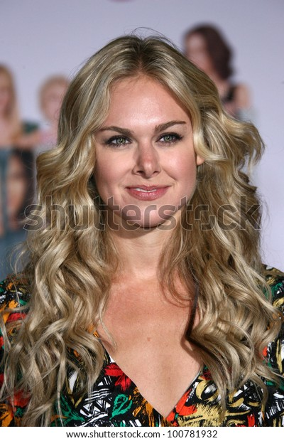 laura bell bundy pictures