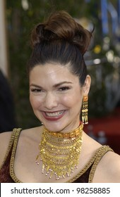 LAURA ELENA HERRING at the Golden Globe Awards at the Beverly Hills Hilton Hotel. 19JAN2003.  Paul Smith / Featureflash