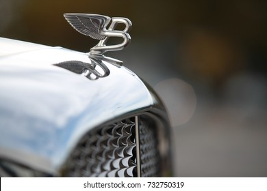 Lausanne - Switzerland - Ocotber 10th 2017 - The Bentley emblem on the front of a vintage Bentley car.
