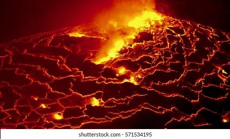 Lava lake, Nyiragongo, DR Congo, Erupting Vulcan