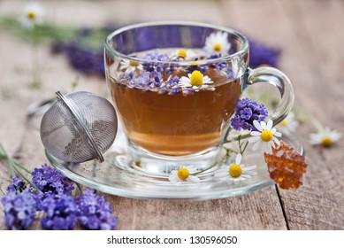 Lavendel und Kamillentee