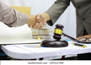 lawer advisor is Shake hands to agree Business investment matters