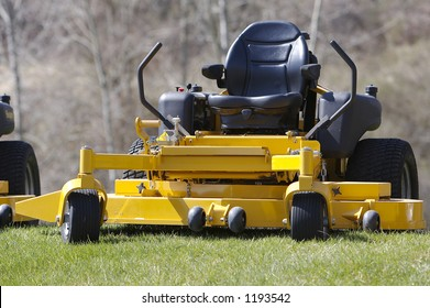 Riding lawn mower images stock photos vectors shutterstock lawn mower zero turn tractor publicscrutiny Image collections