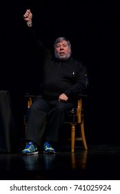 Lawrence Kansas. USA, 20th November,  2015 Steve Wozniak a co-founder of Apple computers gives lecture on innovation and entrepreneurship as part of the Anderson Chandler Lecture series at LIED center