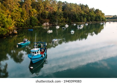 Le Bono is a pretty little village in Morbihan, in the Brittany region. It is at the confluence of the Auray and Bono rivers, south of the town of Auray.
