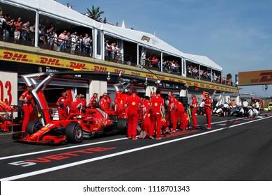 Le Castellet, France. 23/06/2018. Grand Prix of France. F1 World Championship 2018. Pit stop for Sebastian Vettel, Ferrari and Lewis Hamilton, Mercedes.