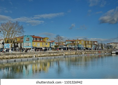 Le Gabut, lively and young neighborhood, La Rochelle, France