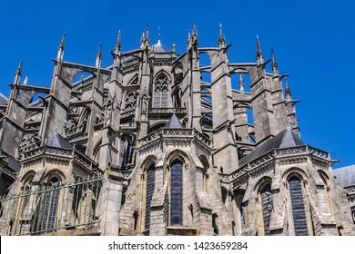 Le Mans Roman Catholic cathedral of Saint Julien (Cathedrale St-Julien du Mans, VI - XIV century). Le Mans, Pays de la Loire region in France.