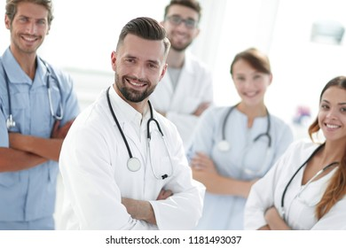leading doctor of the medical center peers.