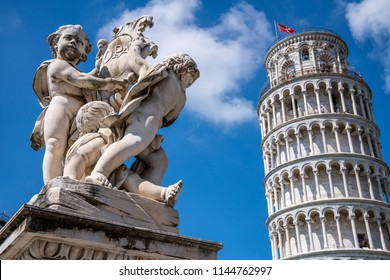 Leaning Tower of Pisa (Torre pendente di Pisa) with sculture in front