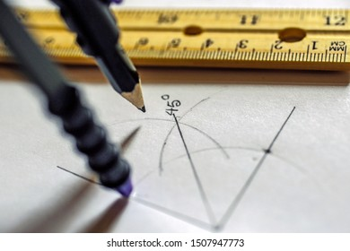 Learning geometry-Drawing a 45 degree angle using compass.