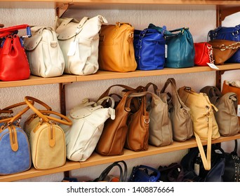 Leather handbags made in Ubrique, modern Spanish fashion.