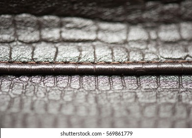 Leather for the manufacture of bags and shoes
