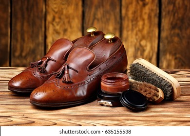 leather shoes brogues loafers with shoe maintenance set.Shoes care