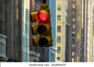 LED Stoplight in NYC, traffic