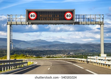 LED Traffic Road Signs. Moderate speed.