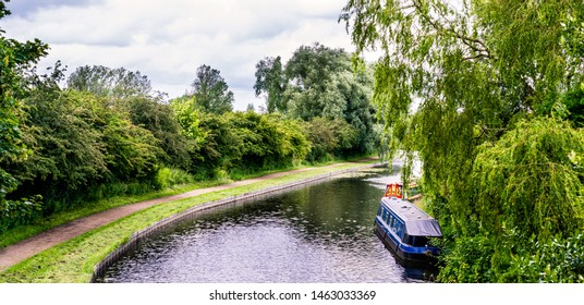Leeds to Liverpool canal. at Blackburn, Lancashire, England, UK