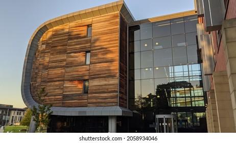 Leeds, West Yorkshire, UK. October 15, 2021. University of Leeds, Charles Thackrah Building, Clarendon Road