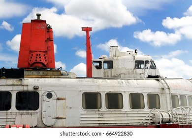 """Lee-on-the-Solent, Hampshire, UK - June 10 2017: SR.N4 Hovercraft """"The Princess Anne"""" at the Hovercraft Museum in England"""