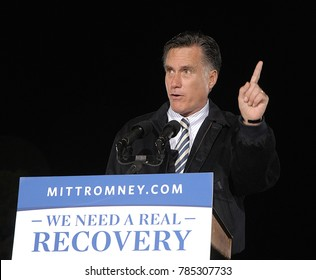 Leesburg, Virginia. USA, 17th October, 2012 Republican Presidential Candidate former Governor of Massachusetts Mitt Romney addresses a crowd of 5000 enthusiastic supporters during a campaign rally
