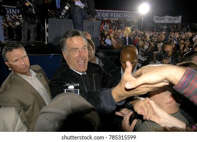 Leesburg, Virginia. USA, 17th October, 2012 Republican Presidential Candidate former Massachusetts governor Mitt Romney signs autographs and shakes hands with the 5000 supporters at campaign rally