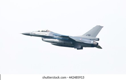 LEEUWARDEN, THE NETHERLANDS -MAY 26: F-16 fighter during a comparisontest with a F-35 in Europe on May 26, 2016 in Leeuwarden. The F-35 will replace the F-16 in the Netherlands.