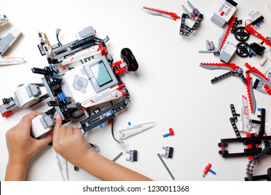 Lego Mindstorms Ev3 Images, Stock Photos & Vectors | Shutterstock