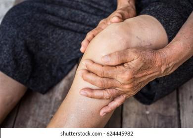 Beine ältere Person, Knie Schmerzen, ältere Osteoarthritis