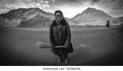 LEH, INDIA - APRIL 14, 2016: Unidentified tibetan old woman on the street in Leh, Ladakh.(Black and White color)