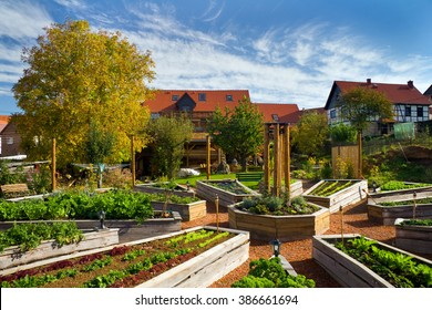 Lehmhof Lindig - recognized recreation center with Barnyard Cafe, ecological building, clay therapy, herbal Terrace, Raised Bed, Garden Kitchen and holiday apartments