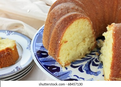 Lemon bundt cake with shallow depth of field.