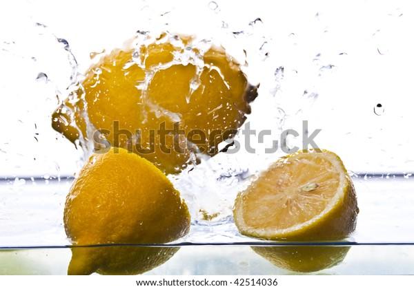 Lemon fountain